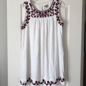 White and maroon Lucky Brand dress